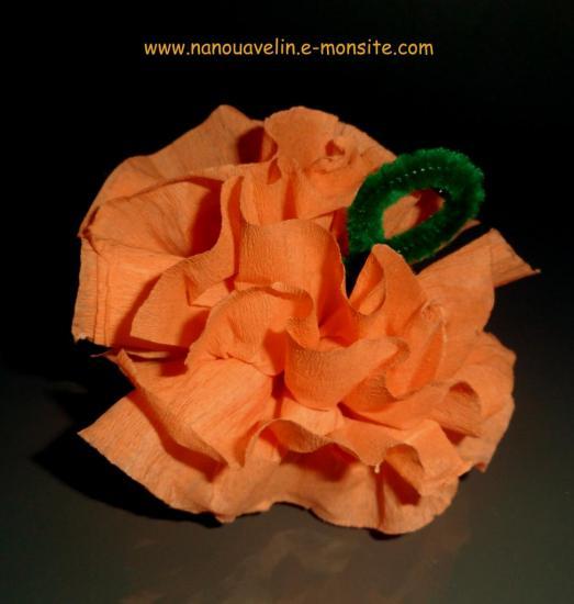 citrouille-en-papier-crepon.jpg